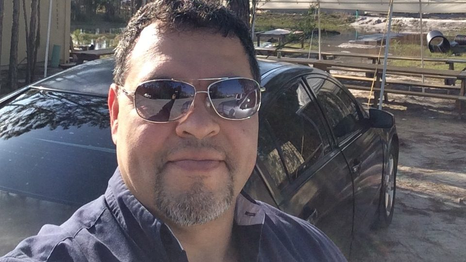 Cancerwise blog post: Non-Hodgkin's lymphoma survivor Edgar Villalta comes to MD Anderson after mantle cell lymphoma diagnosis.