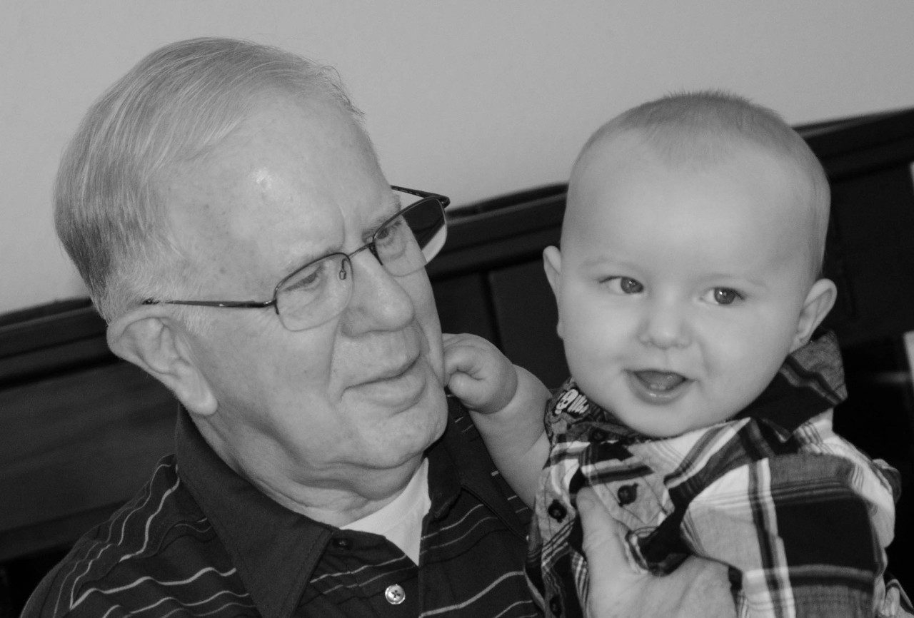 Cancerwise blog post: patient Kenneth Turpin and his grandson, Max, melanoma symptoms, melanoma treatment, ovarian cancer, ovarian cancer treatment, immunotherapy, clinical trial, Topgolf