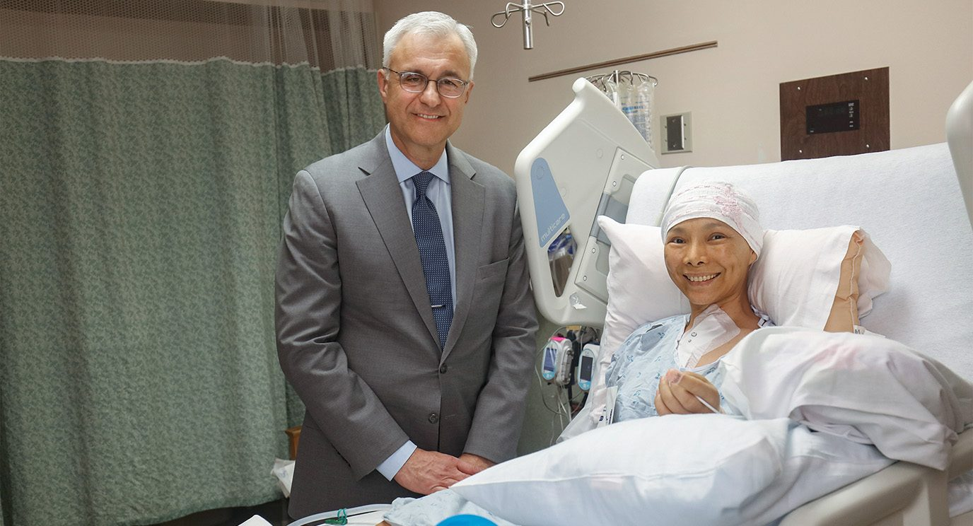 MD Anderson surgeon Reza Mehran, M.D., went to Honolulu to assist in Chang's surgery.