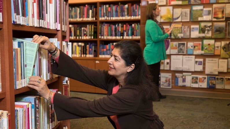 Cancerwise blog post: The Learning Center is MD Anderson's library dedicated to cancer treatment
