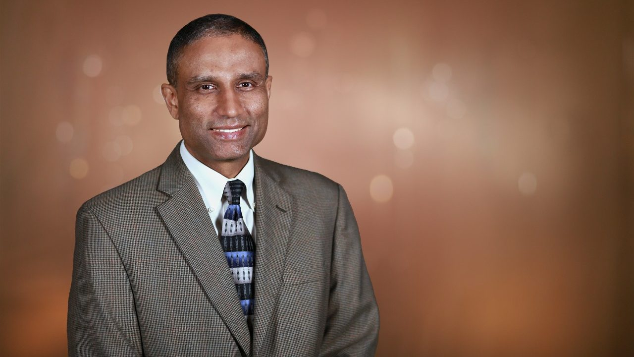 Cancerwise blog post: Dr. Anil Sood discusses ovarian cancer symptoms, diagnosis and treatment, as well as MD Anderson's Ovarian Cancer Moon Shot.