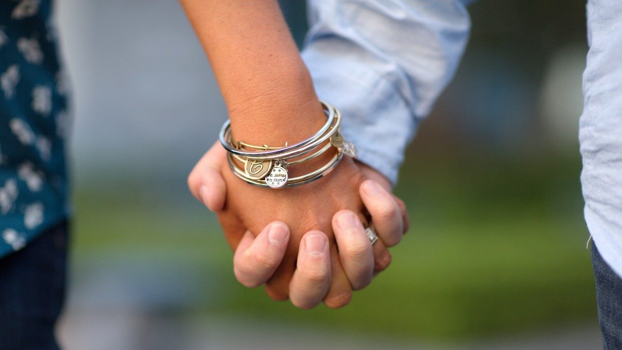 Cancerwise blog post: close-up photo of holding hands