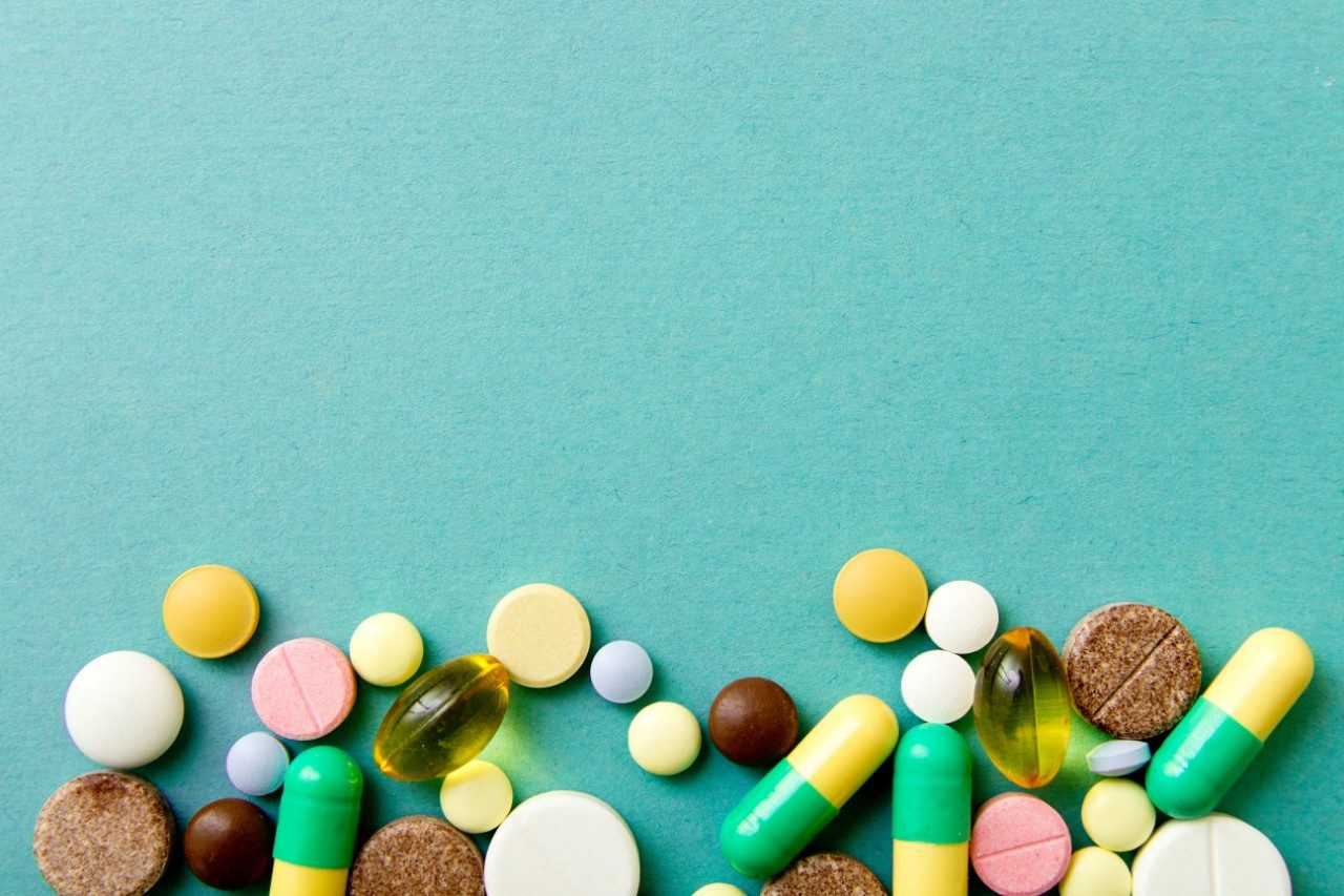 Types of dietary supplements: pills, capsules and caplets
