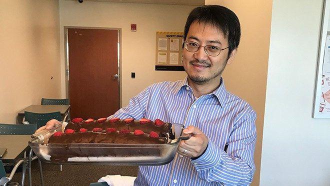 Jian Hu with birthday cake